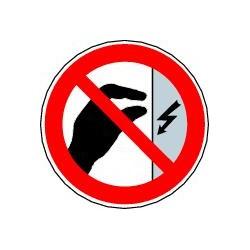 Ne pas toucher Boitier sous tension