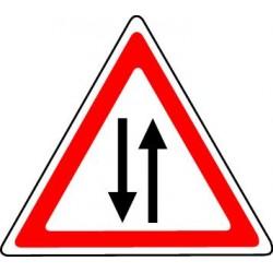Panneau Circulation dans les deux sens (à partir du panneau)
