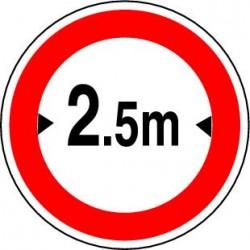 Panneau routier Accès interdit aux véhicules dont la largeur, chargement compris, est supérieure au nombre indiqué